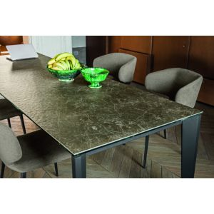Diamante Extendable Table by Midj