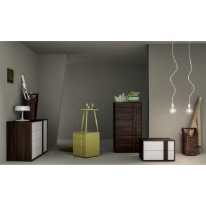 Quadro Tall Chest
