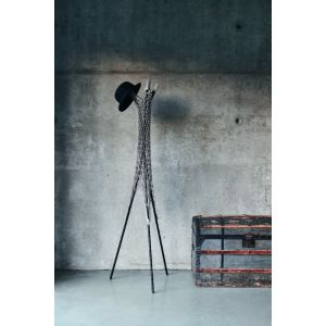Guapa Coat Hanger by Midj