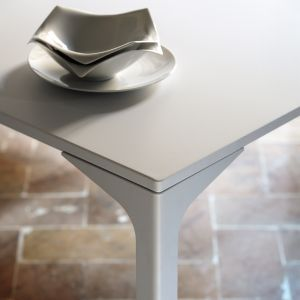 Armando Table by Midj